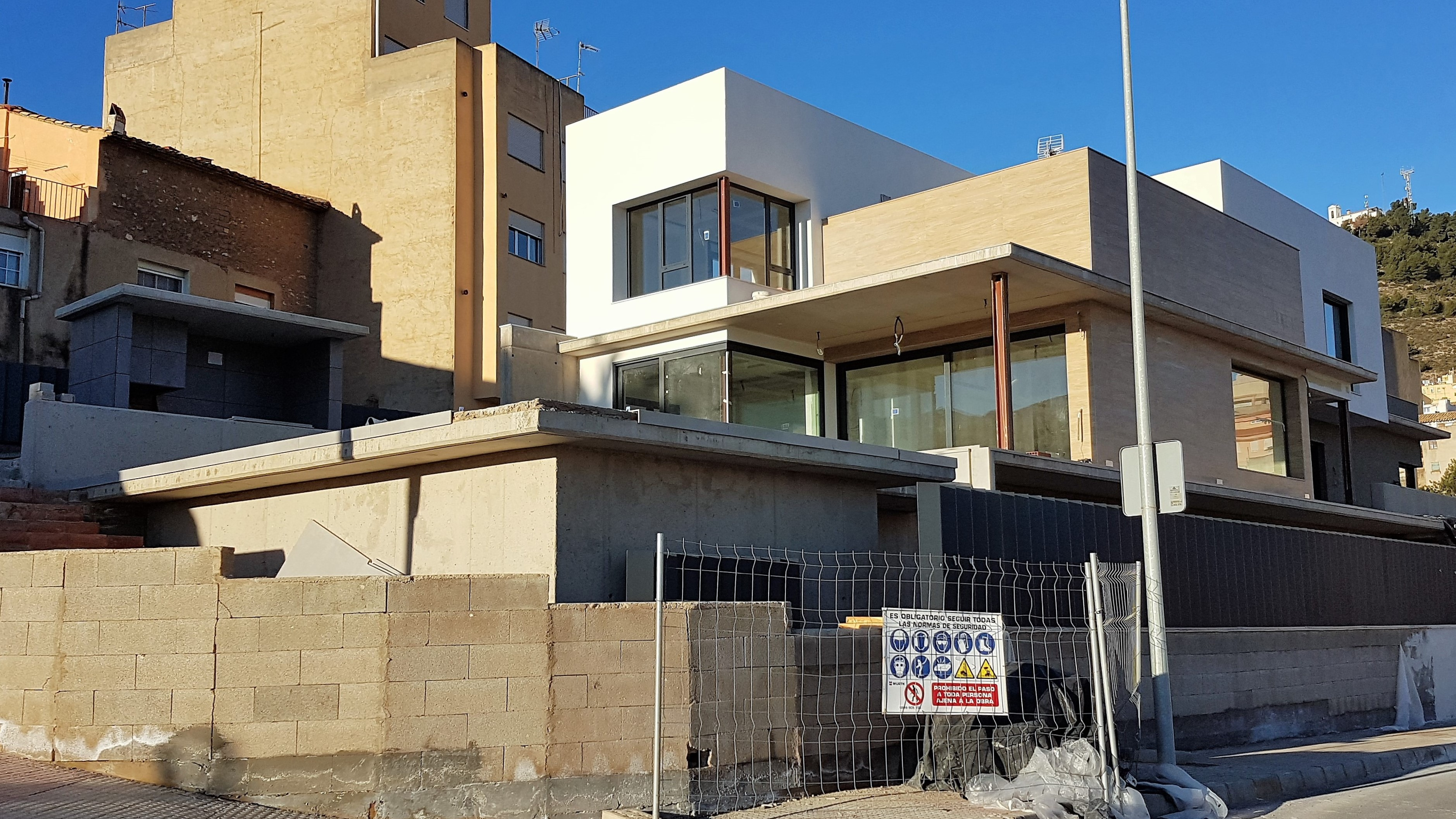 Obra nueva – vivienda unifamiliar en construcción